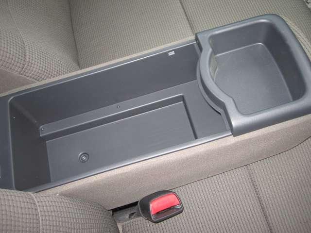 トヨタ bB 1.3 S 4WD 中古車在庫画像15