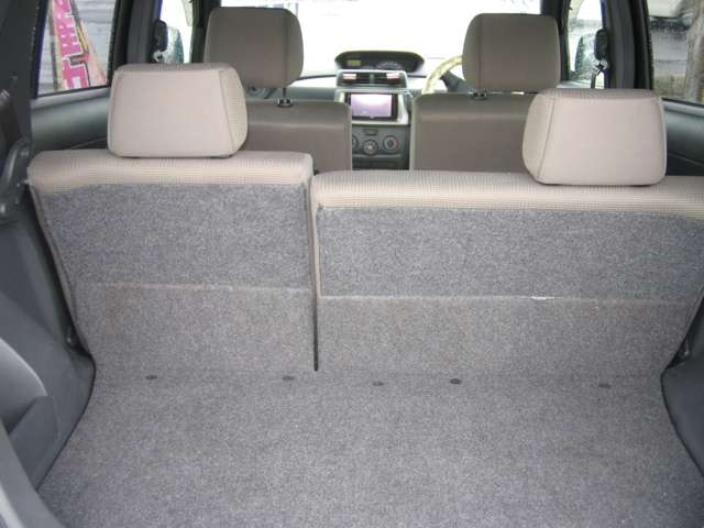 トヨタ bB 1.3 S 4WD 中古車在庫画像8