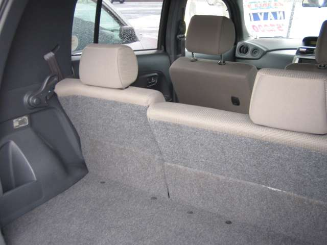 トヨタ bB 1.3 S 4WD 中古車在庫画像9