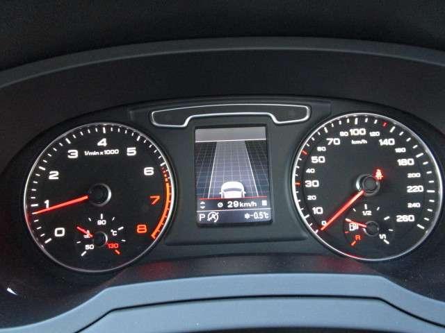 アウディ Q3 2.0 TFSI クワトロ 211PS Sラインパッケージ 4WD 中古車在庫画像11