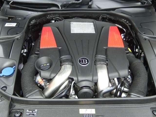 BRABUS B50-540新車コンプリートエンジン  V8 4.7Lツインターボ 540ps/5250rpm 83.6kgm/1800ー3500rpm 0ー100km/h加速 4.2秒(カタログ値)