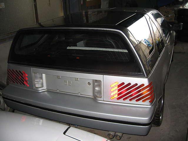 社外メッキアルミ。エンジン・ルームも綺麗です。ホワイトレザーに張替え済み。交換歴ありの為、走行不明ですが、綺麗な車です。