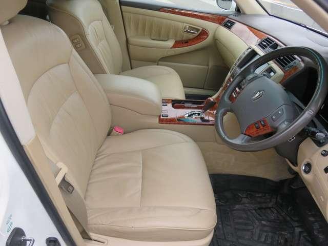 トヨタ クラウンロイヤル 3.0 ロイヤルサルーンG 中古車在庫画像17