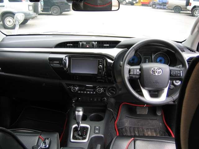 トヨタ ハイラックス 2.4 Z ディーゼルターボ 4WD 中古車在庫画像12