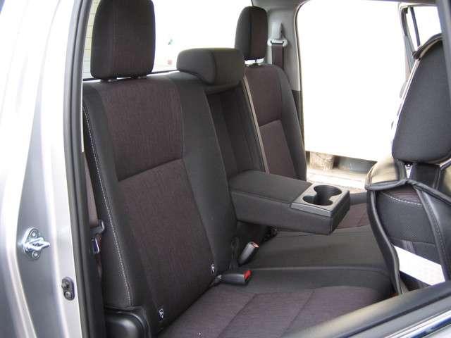 トヨタ ハイラックス 2.4 Z ディーゼルターボ 4WD 中古車在庫画像10