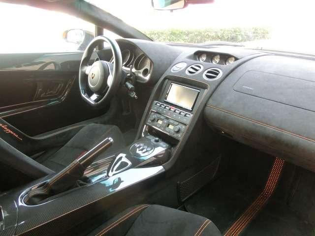 ランボルギーニガヤルドスーパーレジェーラ eギア 4WDD車 CSカーボンエアロ Kパイプマフラー兵庫県の詳細画像その3