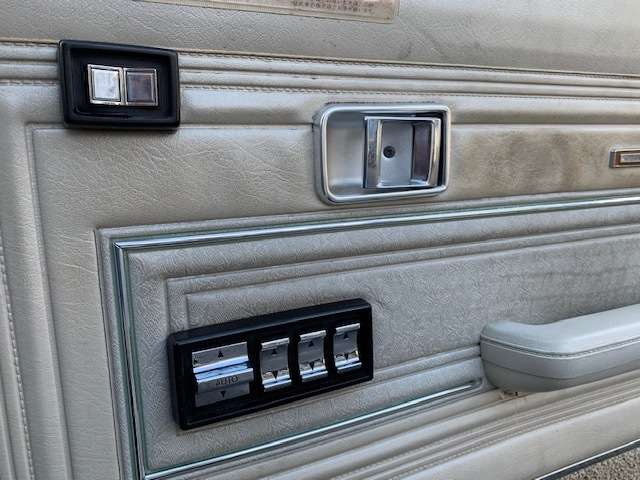 トヨタクラウンセダンクジラクラウン カスタム 6人乗り社外アルミ 新品ローサス静岡県の詳細画像その18