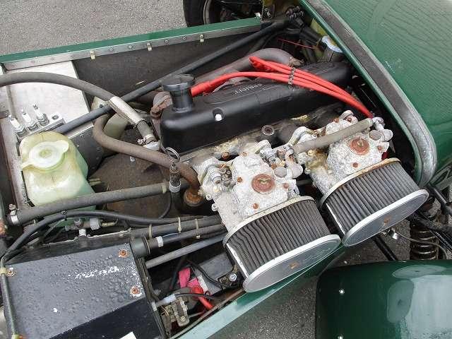 1.6リットルエンジン