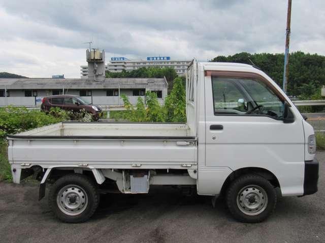 ダイハツ ハイゼットトラック 660 4WD 中古車在庫画像4