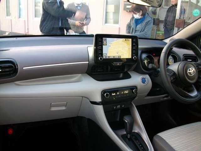 安心装備のダブルエアバック装備に便利なスマートキー車!