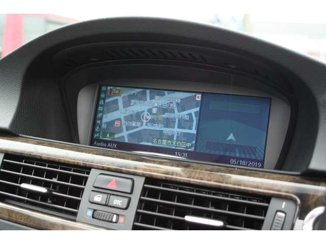 i-drive純正ナビ搭載。