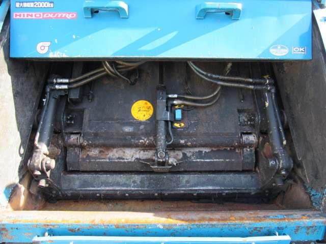 日野自動車 デュトロ プレス 4.6立米 中古車在庫画像5