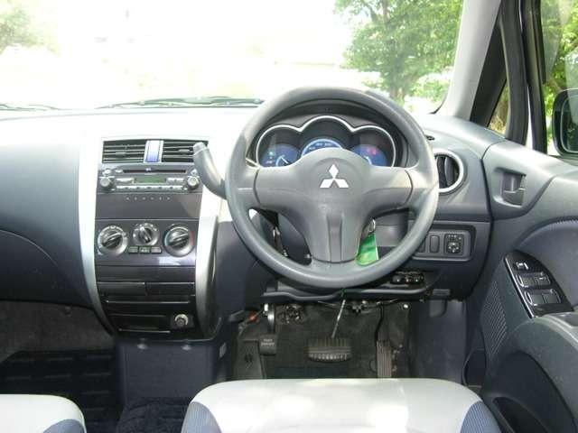三菱 コルト 1.3 エレガンス バージョン 4WD 中古車在庫画像11