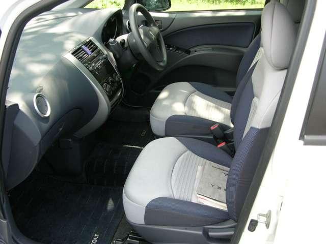 三菱 コルト 1.3 エレガンス バージョン 4WD 中古車在庫画像12