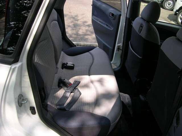 三菱 コルト 1.3 エレガンス バージョン 4WD 中古車在庫画像13