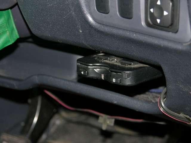 三菱 コルト 1.3 エレガンス バージョン 4WD 中古車在庫画像14