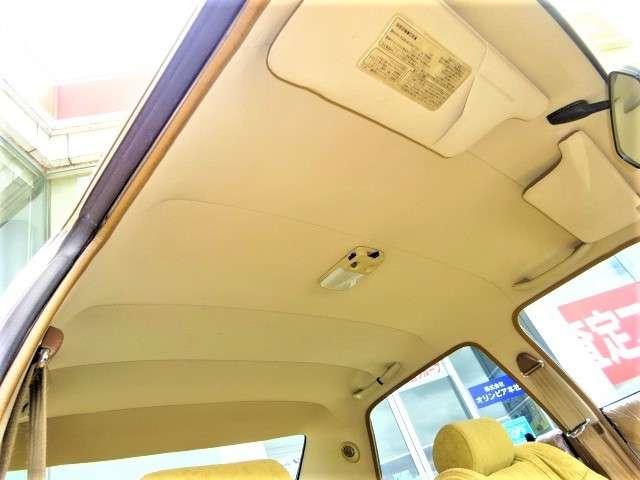 内装が綺麗な昭和車はとても魅力的!