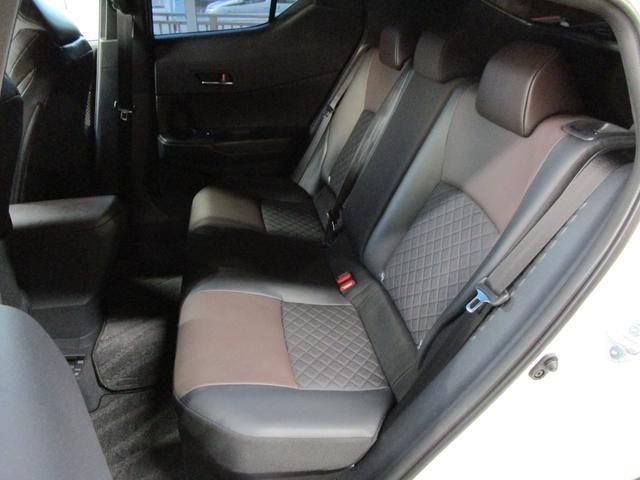トヨタ C-HR ハイブリッド 1.8 G LED エディション 中古車在庫画像13