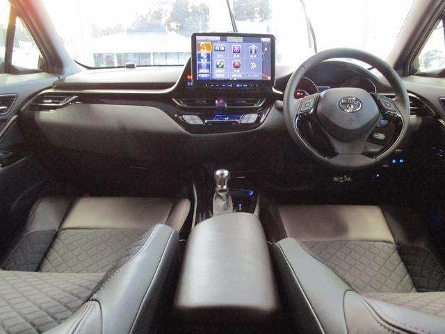 トヨタ C-HR ハイブリッド 1.8 G LED エディション 中古車在庫画像9