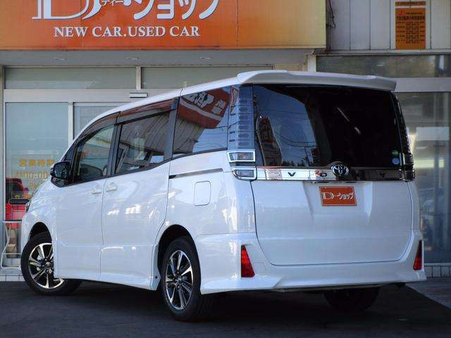 トヨタ ヴォクシー 2.0 ZS 中古車在庫画像5