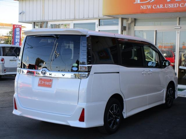 トヨタ ヴォクシー 2.0 ZS 中古車在庫画像7