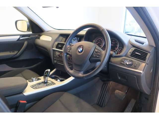 BMW X3 xドライブ20d ブルーパフォーマンス ディーゼルターボ 4WD 中古車在庫画像8