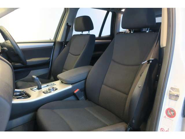 BMW X3 xドライブ20d ブルーパフォーマンス ディーゼルターボ 4WD 中古車在庫画像10