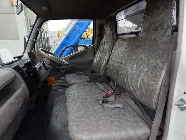日野自動車 デュトロ 全低床 3トンダンプ 中古車在庫画像9