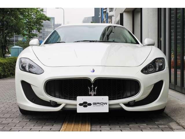 内外装共にコンディション良好です。初回車検の平成31年5月までメーカー保証が利用いただけます。