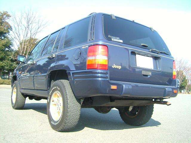 ジープグランドチェロキーリミテッド 4WDの詳細写真