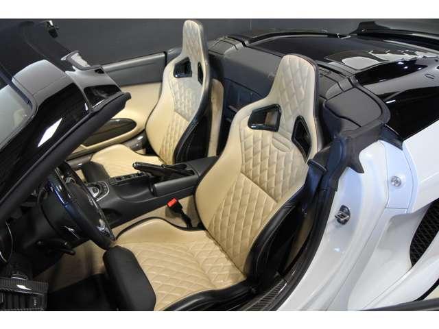 アウディR8スパイダー5.2 FSI クワトロ 4WD正規D車愛知県の詳細画像その17