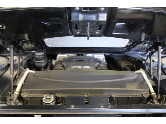 アウディR8スパイダー5.2 FSI クワトロ 4WD正規D車愛知県の詳細画像その18