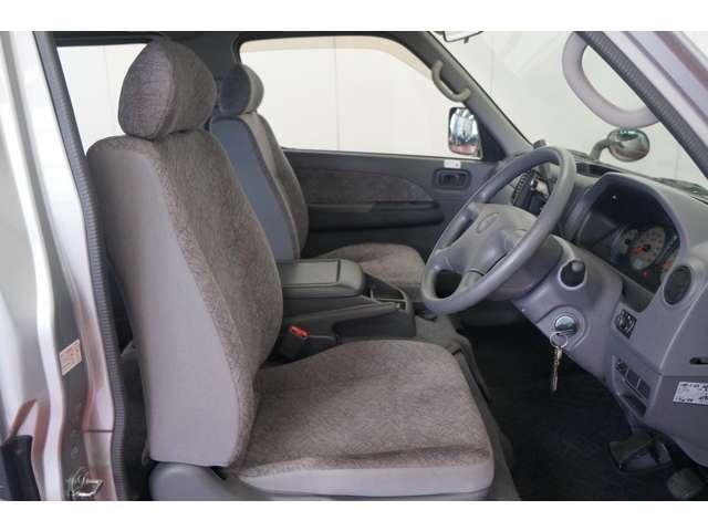 普段使いから通勤、ドライブまでこのシートに座って行きましょう!