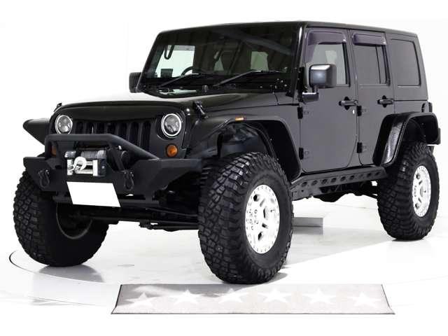 4WD リフトアップ 黒レザー調シートカバー 社外フロントバンパー 社外オーバーフェンダー 社外リアバンパー 社外サイドステップ 社外LEDヘッドライト 社外LEDテールランプ 黒ハードトップ
