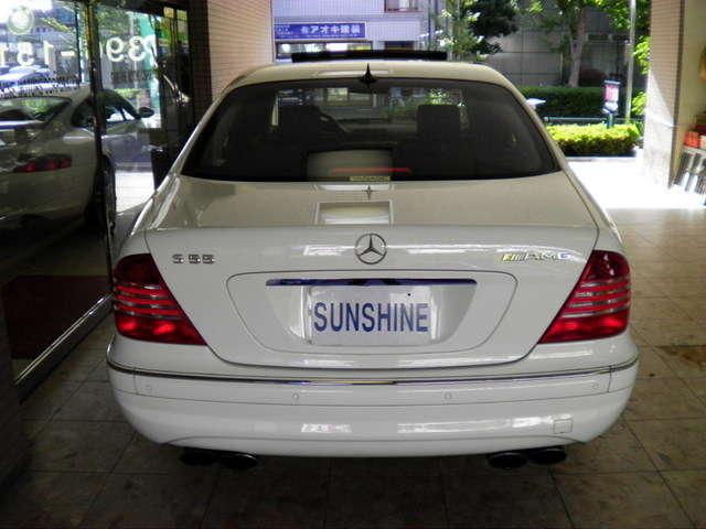 AMGスタイリングパッケージ、AMGマフラー、前後パークトロニック付です。詳しくは弊社ホームページをご覧くださいませ。http://www.sunshine-m.co.jp