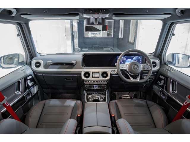 ●当社の在庫車両は、室内保管された上質な中古車ばかりで、メルセデスベンツやポルシェなど、こだわりの1台がきっとみつかります。