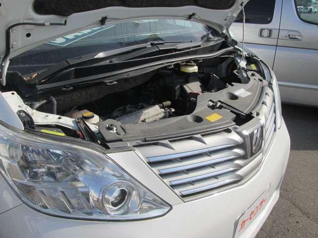 トヨタ アルファード 2.4 240X 4WD 中古車在庫画像18