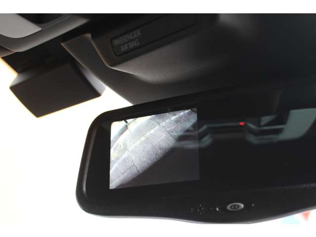 ミラー一体型サイドカメラ搭載