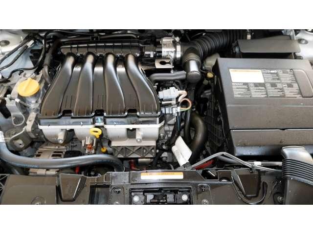 直列4気筒2.0L DOHC16バルブ(出力140馬力)。トランスミッションは新採用のレスポンスに優れた最新世代6速マニュアルモード付CVT