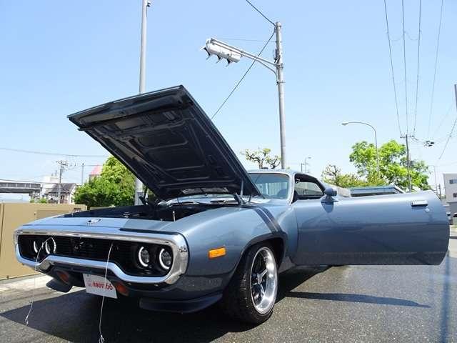 追加クーリングファン フロントディスクブレーキ パワーステアリング ロードランナーホーン ダッシュマット ETC車載器 クロームグリル 等