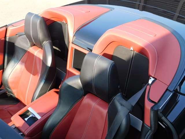 アストンマーティンV8ヴァンテージロードスター4.3赤革 赤幌 スポーツシフト広島県の詳細画像その17