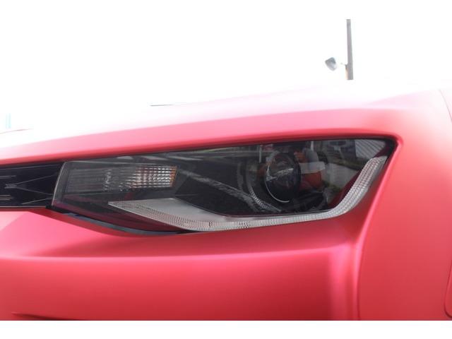 新しく設定されたLEDヘッドライト