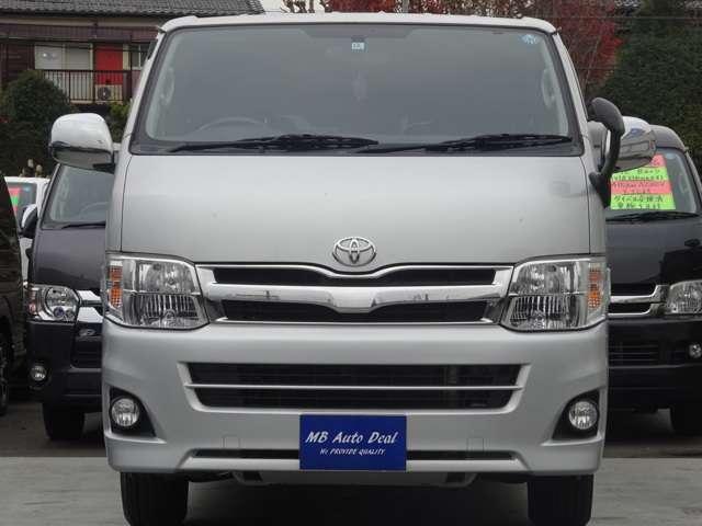 平成25年12月登録 / 型式QDF-KDH201V / 4ナンバー / 小型貨物車 / 車検整備付 / 3000cc / 5人乗 / ディーゼル車
