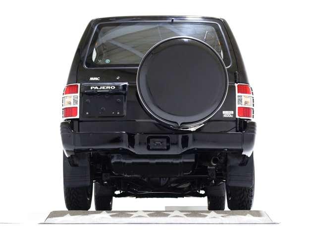 ブラックハード背面タイヤカバー♪