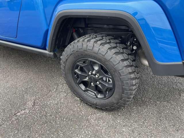 オプションタイヤの245/75R17 All-Terrain Tires