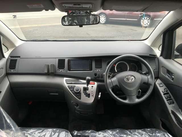 トヨタ アイシス 2.0 プラタナ 中古車在庫画像10