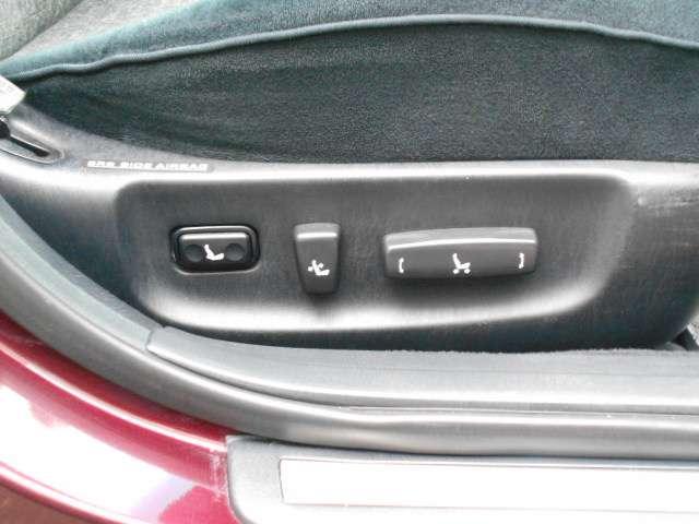 追加画像のリクエストもお答えします☆「この車の○○が見たい!」等。遠方の方や現車確認が難しい方には、できるだけ詳しくお車の状態をご説明させて頂きます。 TEL0066-9711-381015(無料)