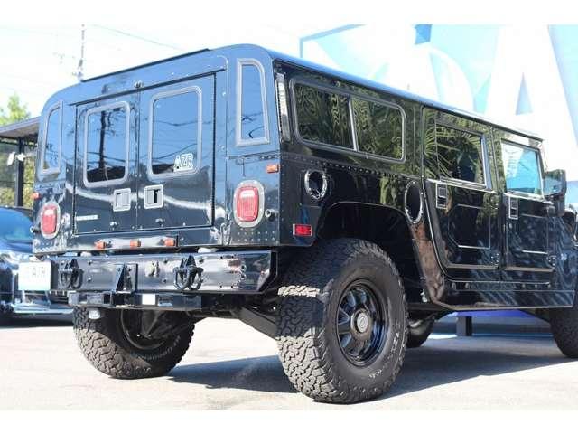 とても贅沢なH1!サイズ感、見た目、珍しさも人目を引く車両になります!